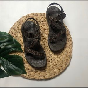 Chaco Z/2 Unaweep Sandal Brown Maroon and White